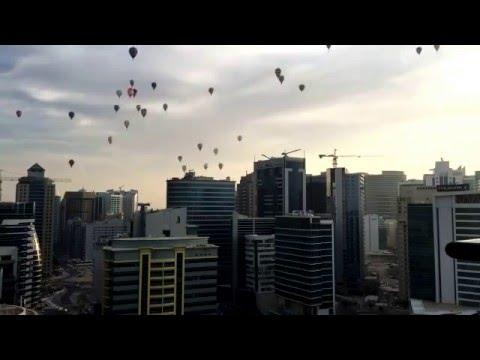 Balloon Riders In Dubai Sky!