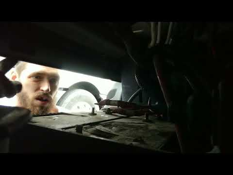 How to remove/replace battery 2013 Freightliner cascadia. Emergency replacement