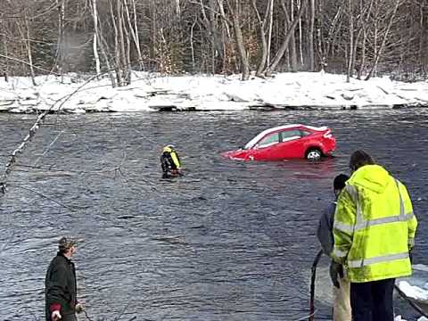 Car coming out of river in Stark NH (1)
