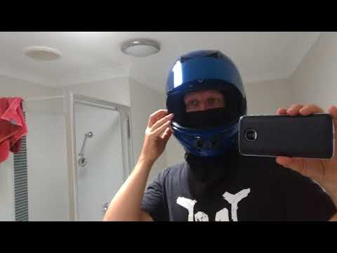 Vozz helmet, blue visor and oldelf hoodie