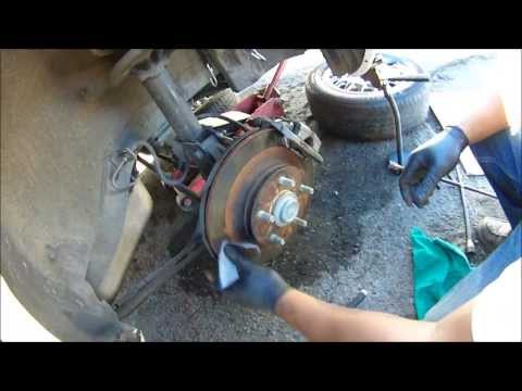 HOW TO PUSH BRAKE CALIPER PISTONS BACK, HOW TO CHANGE BRAKE PADS MAZDA 626 REAR BRAKES