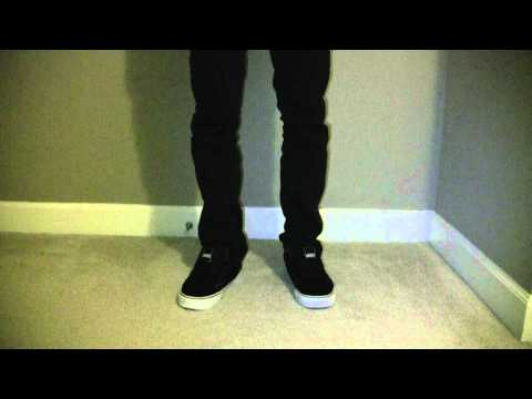 Vans Widows on foot view with Skinny Jeans