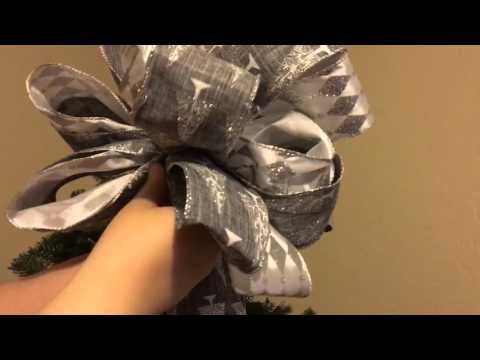 How to Shape a Tree Topper Bow