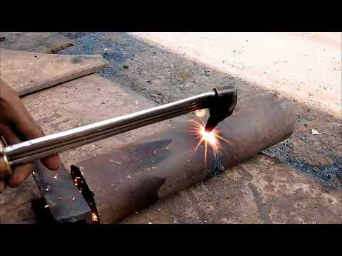 Pipe beveling with a cutting torch oxygen acetylene
