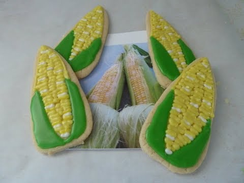 Corn on the Cob Decorated Sugar Cookies