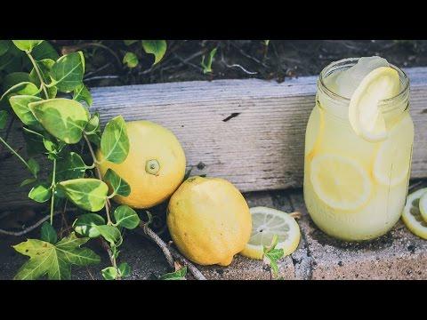 How to Make an All-Natural Lemonade Slushy