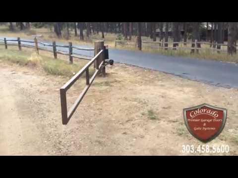 Solar Powered Driveway gate:  Evergreen Colorado
