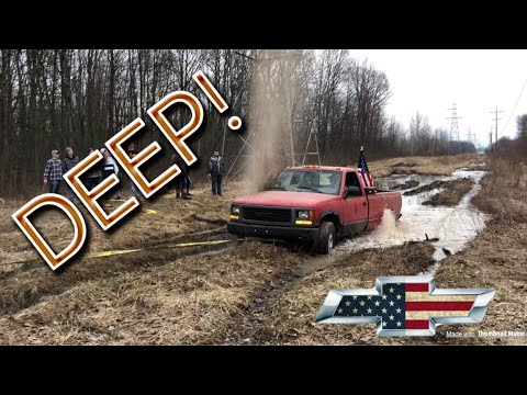 WRECKED HIS TRUCK MUDDING