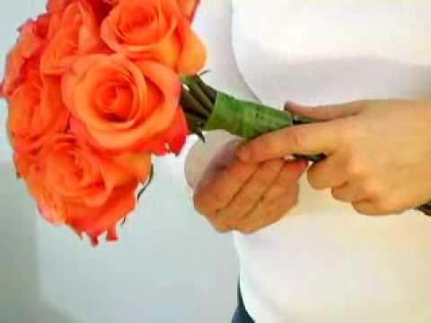 How to Make a Wedding Bouquet at Home