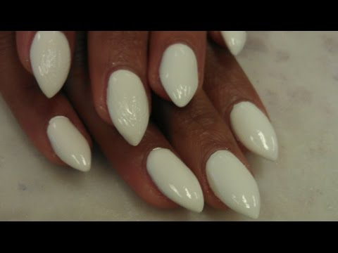 HOW TO SIMPLE SHORT STILETTO WHITE ACRYLIC NAILS