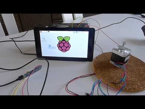 Raspberry Pi 3 running Linuxcnc and controlling a stepper