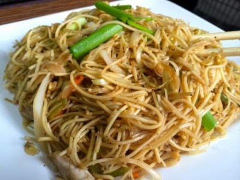 Chinese Chicken Noodles - video recipe
