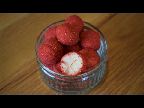 White Chocolate and Strawberry Truffles - Only 3 ingredients!