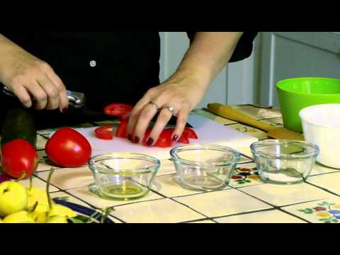 How to Make a Tomato Cucumber & Onion Salad