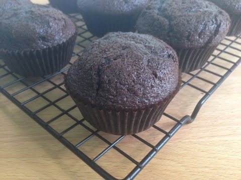 Simple One Bowl Chocolate cupcakes | Simple Recipes