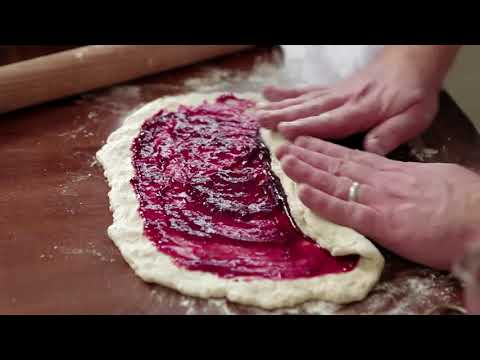 How to Make Jam Roly Poly