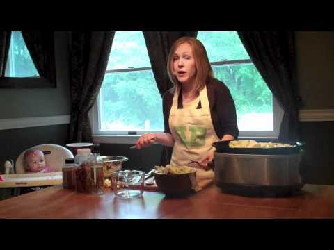 Brittanybakes.com - Slow Cooker Applesauce Recipe