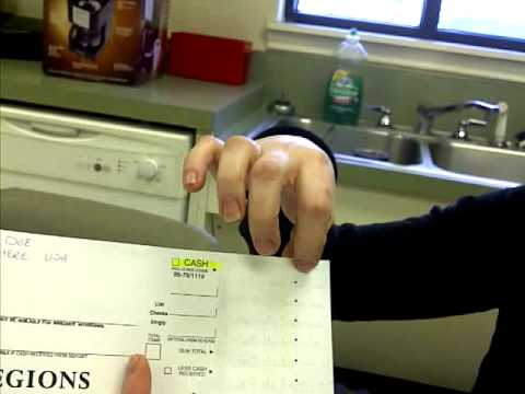 How to Fill Out A Bank Deposit Slip