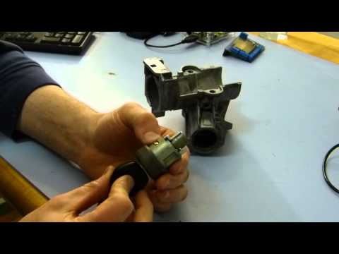 BMW E36 Ignition Lock Cylinder Replacement