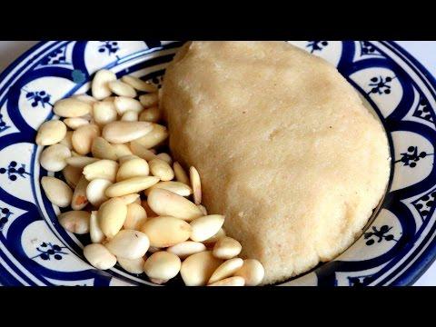 Homemade Almond Paste / عَقْدَةْ اللّوز  - CookingWithAlia - Episode 407