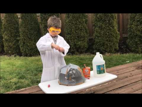 How to create a vinegar and baking soda volcano - Wyatt Explains
