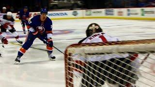 Islanders' Lee blocks a shot then goes five-hole on breakaway to score
