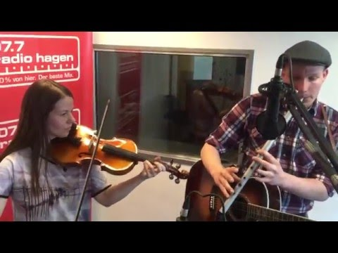 THE O'REILLY'S & THE PADDYHATS - Barrels of Whiskey - unplugged @ 107.7 Radio Hagen