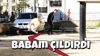ARABANIN MOTORUNA KEDİ KAÇTI! - ( BABAMA KIŞKIRTMA! )