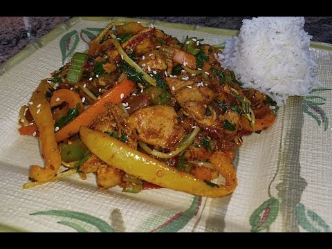 Boneless Chicken Thighs with Bell Pepper | Bell Pepper Chicken Recipe | Punjabi Style Chicken Recipe