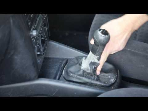 Replacing Worn Gearstick gaiter on VW Golf/Bora/Beetle with new leather surround