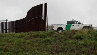 Trump gets tough on migrant caravan