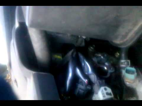 Cleaning or changing the Cam shaft sensor in  a 2005 Nissan Altima