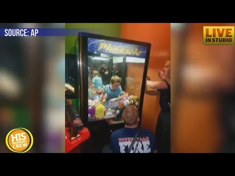 Florida Boy Gets Trapped Inside Claw Vending Machine