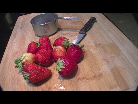 Strawberry Balsamic Vinaigrette Salad Dressing