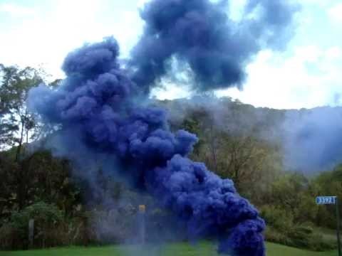 BLUE Skydiving Smoke, 60 second