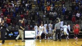 Garrison Brooks heroics spark Auburn win
