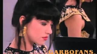 Καίτη Γαρμπή - Λάθος πόρτα / Lathos porta   Official Video Clip