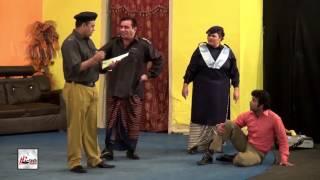 HARAMI POLICE WALEY - NASIR CHINYOTI & NASEEM VICKY - PAKISTANI STAGE DRAMA FULL COMEDY CLIP
