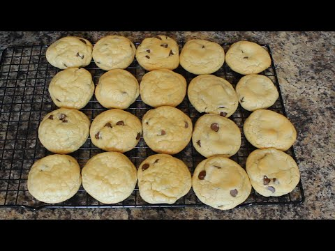 The BEST Soft Chocolate Chip Cookies Recipe (Baking Tutorial)