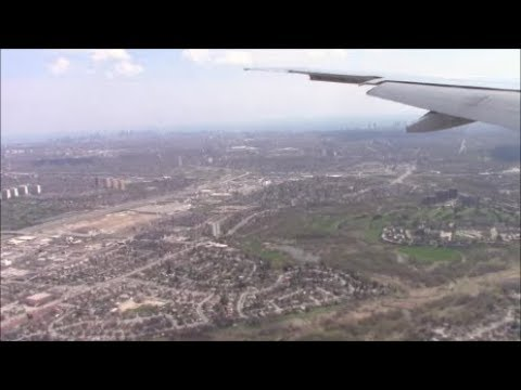 Air Canada Boeing 777-333(ER) Landing in Warm Sunny Toronto Pearson Airport