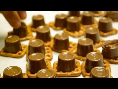 DIY EASY ROLO Pretzel COOKIES! || Delicious 5 Minute Recipe! Foolproof!