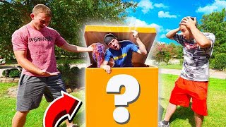UNBOXING A GIANT MYSTERY BOX THAT ARRIVED!