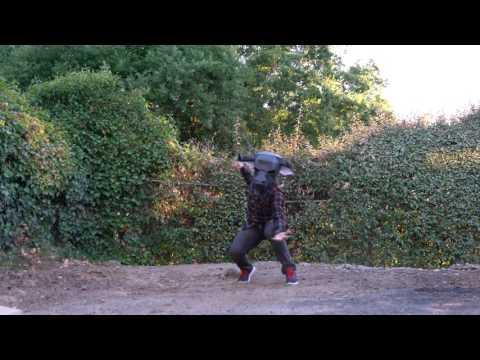 Minotaur Cosplay one take dance freestyle