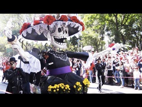 Desfile Dia de los Muertos. Ciudad de México | Live Colorful