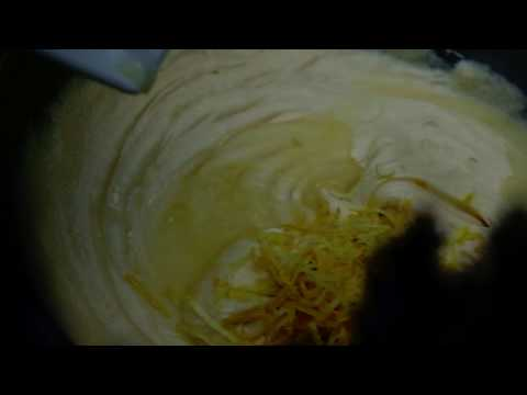 The Best Lemon Drizzle Cake