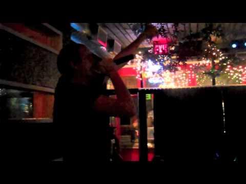 Alice In Chains - Man In the Box (Drunken Karaoke)