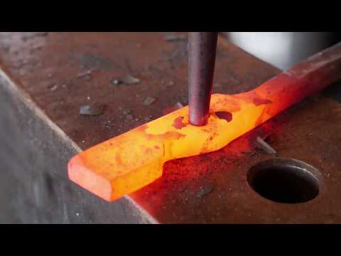 Forging Tongs From Rail Road Spikes