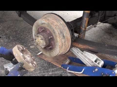 Land Cruiser rear hub/axle service, bearings, axle, seals, gasket etc