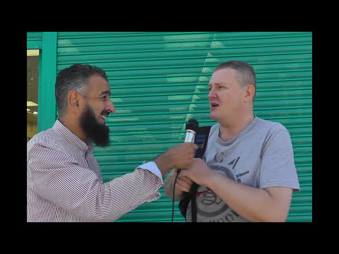 Tearful, 6 Minutes Catholic to Muslim. 'Live' Street Dawah
