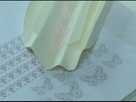 how to assemble royal icing piped butterflies